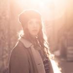 Photo portrait en extérieur avec couché de soleil à Annecy